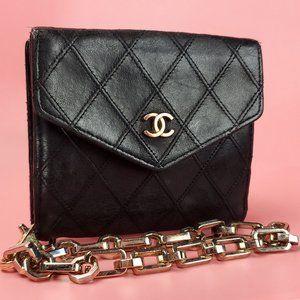 CHANEL Vintage Wallet/Wristlet